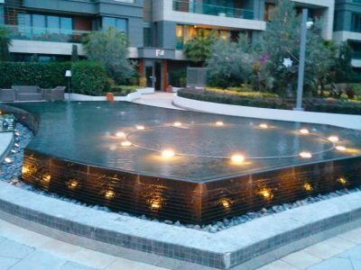 Koru Florya Rezidans akşamüstü havuz